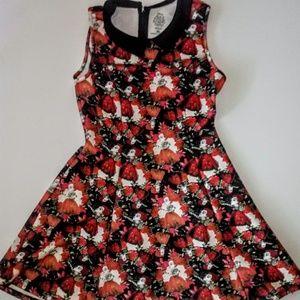 Hot Topic Alice in Wonderland Red Queen Dress
